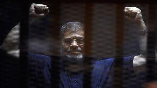 Mursi'nin idam cezası iptal edildi, yeniden yargılanacak