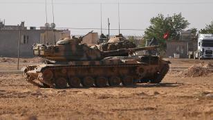 Esed askerleri Türk askerine saldırdı