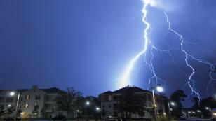Vorarlberg'de kötü hava şartları itfaiye ekiplerini zorluyor