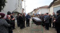 Ölen gurbetçilerin cenazesi karıştı!